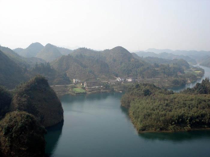 在五强溪住;热爱我的家乡,拍摄我的家乡.(原创作品)-五强溪山图片